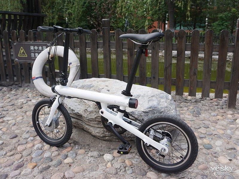 配置优秀还带助力 小米骑记折叠自行车高清图评