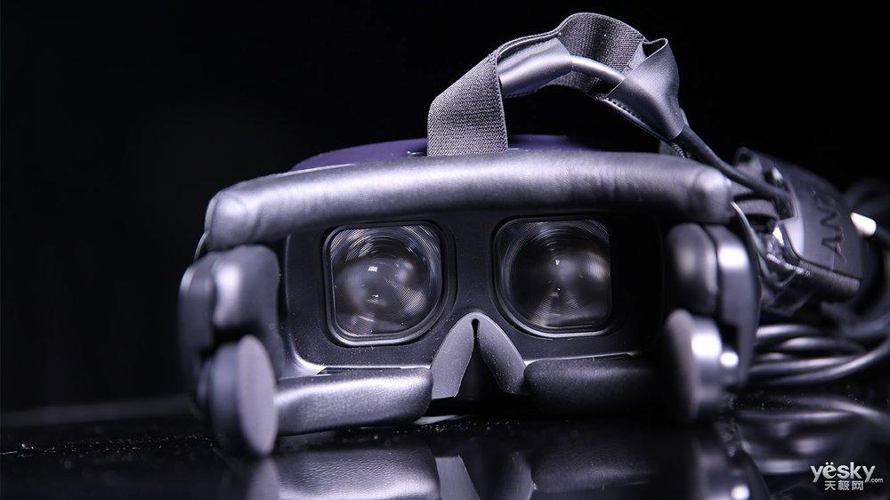 游戏玩家值得一试 蚁视VR套装2S图赏
