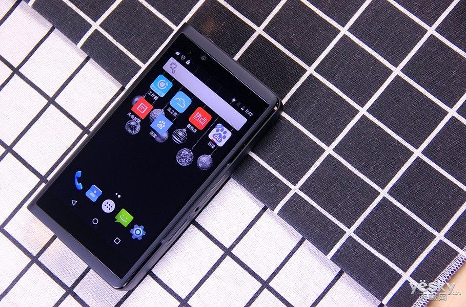 手中的移动视界 网时代P29新升级手机投影正式亮相