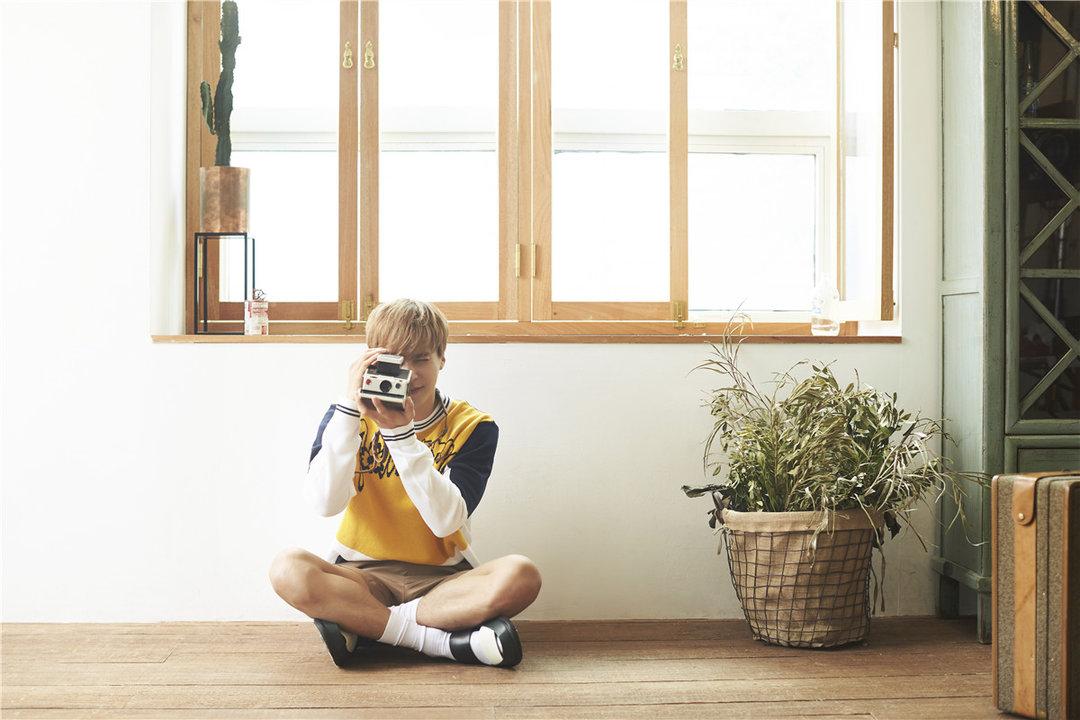 韩国Highlight男团写真出炉 自然帅气俘获少女心