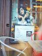 范冰冰示范早春穿搭 街头中性风率性自在街拍图片_中国女明星