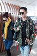 韩庚与女友卢靖姗一同现身机场 一路有说有笑十分甜蜜_娱乐组图