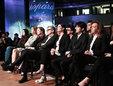 王源出席巴塞尔钟表珠宝展 流畅英文发言获赞无数_娱乐组图