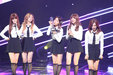 APINK获最佳女团奖项人气爆棚 粉丝现场大方示爱_韩国女明星