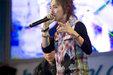GD演唱会高清照片 全情投入观众入迷_韩国男明星