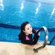 冉莹颖晒与儿子游泳照 轩轩竟瘦出小V脸_娱乐组图