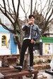 朴宝剑写真大片曝光 被赞时尚标杆_韩国男明星