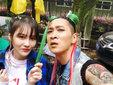 赵本山女儿球球晒搞怪合照 打扮时尚皮肤好_娱乐组图