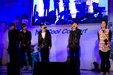 BIGBANG现身生日会 现场与粉丝积极互动_韩国男明星