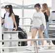 AOA最新街拍 造型简约不失时尚_韩国女明星