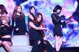 AOA演唱会燃爆全场 粉丝热情如火几度失控_韩国女明星