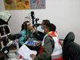 王源源基金二度进藏历时18天 已免费救治白内障患者552例_娱乐组图