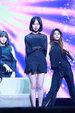 AOA演唱会现场火爆 嗨唱不眠夜_韩国女明星