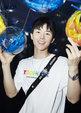 新生代青年杨泽出席发布会 清新阳光展治愈系笑容_活动现场