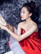 菅韧姿写真展大气优雅风-中国女明星