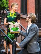 亮丽的印花服饰 为你吸引爱慕的眼光-广告大片