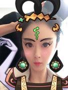 蒋欣将自黑进行到底 拍丑照把脸拉得超胖-中国女明星