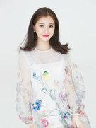 虞书欣生日写真童趣足 笑容甜美显恬静气质-中国女明星