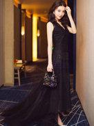 景甜穿典雅礼服裙美丽现身-中国女明星
