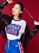 刘洛汐曝圣诞新年写真 诠释百变时尚魅力-中国女明星