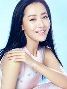 白冰清爽写真肤泽透亮 尽显柔美气质-中国女明星