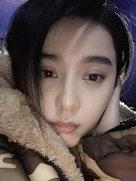 范冰冰深夜晒自拍 眼神迷离面带倦容-中国女明星