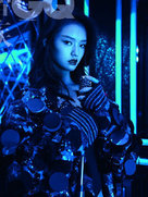 林允写真大片首曝光 美若希腊雕塑-中国女明星
