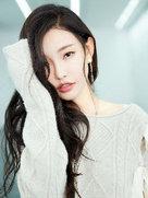 童菲初冬写真曝光 慵懒大气浅笑迷人-中国女明星