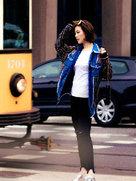 常思思街拍大玩摩登复古风-中国女明星