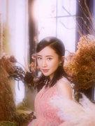 舒畅穿纱裙美似花仙子 可某些角度撞脸杨幂-中国女明星