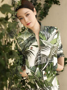 马伊�P最新封面大片恬静优雅-中国女明星