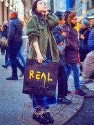 乍暖还寒!范冰冰春季潮搭街头漫步-中国女明星