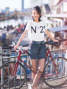 佟丽娅瑞士街拍照曝光 随性自信美出新高度-中国女明星