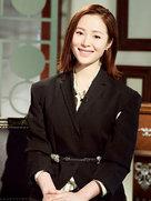 江一燕《朗读者》致敬恩师:感谢她给予勇气-中国女明星