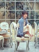 陈乔恩变身玻璃屋公主 解锁时尚清新秘籍-中国女明星