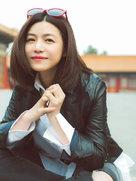 暖化了!陈妍希游故宫笑颜如春-中国女明星