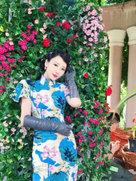 柳岩穿旗袍风情万种 侧面曲线丰满超性感-中国女明星