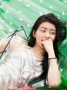 演员王小白时尚大片曝光 性感演绎甜美少女-中国女明星