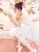 林允优雅变身芭蕾舞娘-中国女明星