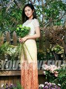 刘芸曝光封面大片 优格女神与花季有个约会-中国女明星