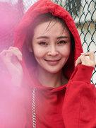 """于明加变身""""小红帽"""" 少女感十足-中国女明星"""
