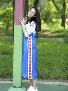 王艺诺清新袭人活力入夏-中国女明星