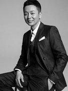 刘奕君曝黑白大片 光影之间诠释绅士风范-中国男明星