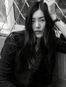 刘雯杂志封面大片质感十足 超模魅力势不可挡-中国女明星