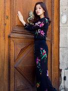 这套衣服很难HOLD住 但秦海璐穿出了范儿-中国女明星