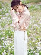 潘之琳纯色写真曝光 萌辣系女神上线-中国女明星