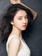 李凯馨全新写真曝光-中国女明星