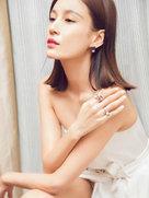 张蓝心抹胸高开长裙出镜 优雅性感堪比超模-中国女明星