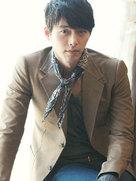 玄彬拍正装绅士写真 大展熟男魅力-韩国男明星