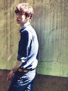 安在贤冷色调时尚写真 尽显忧郁气息-韩国男明星
